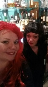 Eppu ja Noora Halloween-bileissä